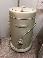 Waschmaschine sehr alt