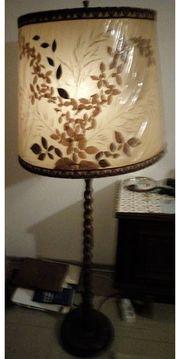 Vintage-Stehlampe 70iger-Jahre Schirm mit eingearb