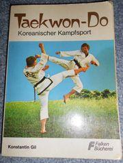 altes Buch über Taekwon-Do