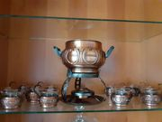 Feuerzangenbowle-Set mit zwölf Gläsern abzugeben