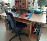 Schreibtisch mit Bürostuhl zur Selbstabholung