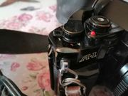 Analoge Spiegelreflexkamera Canon A1 mit