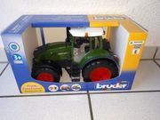 Traktor FENDT 936 Vario BRUDER