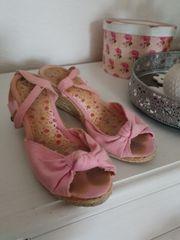 duftende Schuhe ausgelatscht und stinkig