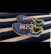 Nike Schuhe 39