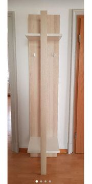 Kleiderbügel aus Holz DE ENG