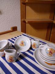 Geschirr für Puppenküche