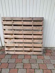 Palette aus Holz zu verschenken