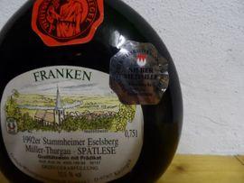 Essen und Trinken - Boxbeutel Wein Flasche - 1992 Stammheim er