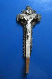 Kruzifix Holz Metallblech goldfarben