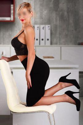 Sie sucht Ihn (Erotik) - Sara Tschechien