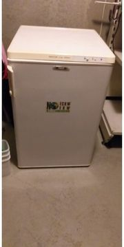Tiefkühlschrank zu verkaufen