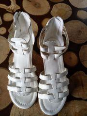 Verkaufe einmal getragene Mädchen Schuhe