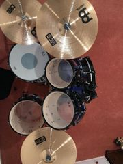 9 Teiliges Drum Set