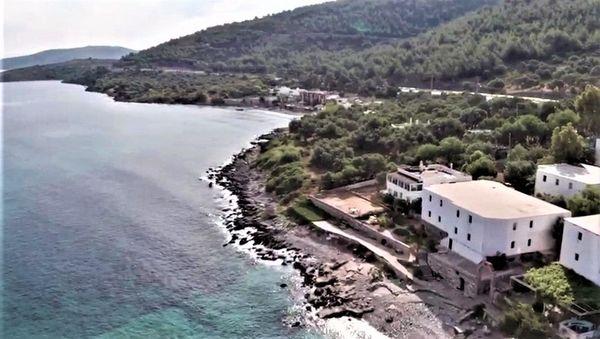 Baugrundstück direkt am Meer für