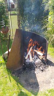 Feuerstelle aus gewalztem Stahlblech