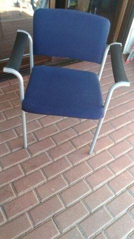Büromöbel - 2 Bürostühle stappelbar