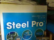 Noch verpackter Pool Bestway Steel