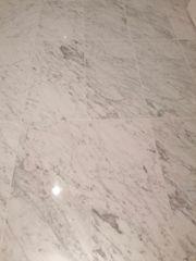 Original Carrara Mamor weiß 108qm