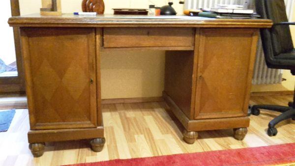 Gründerjahre Schreibtisch