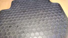 Zubehör und Teile - 4 tlg Auto Gummimatten Set