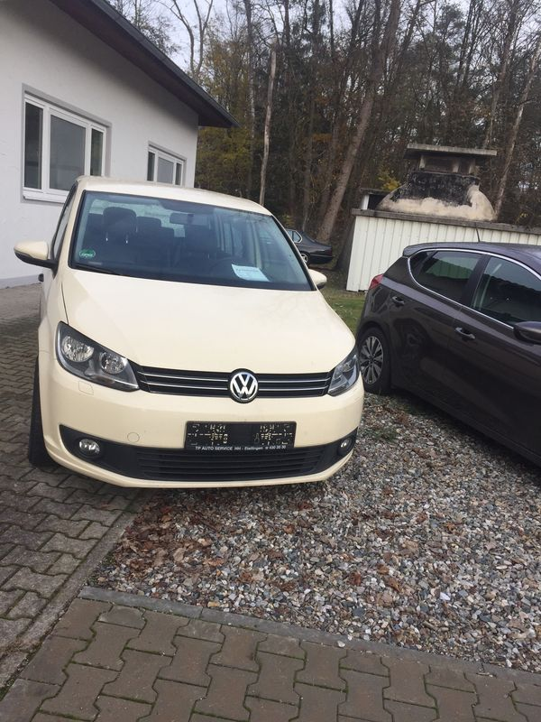 VW Touran 2012 7 Sitzer