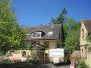 Wohnhaus mit Nebengebäude in 63864