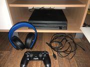 Playstation 4 Pro mit 6