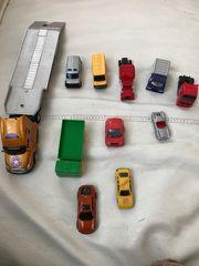 Unterschiedliche Spielzeug Autos