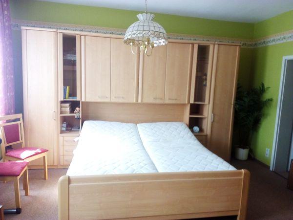 Komplettes Schlafzimmer-Bett + Eckschrank + Kommode in Altentreptow ...
