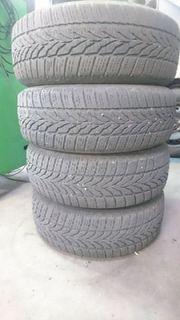 4 Reifen auf Stahlfelgen Meriva