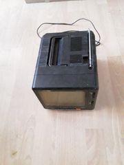 Hier Verkaufe Ich Einen Koffer-Radio-Fernseh