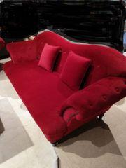 Couch Sofa in antikem Design -