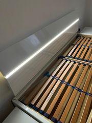 Ehebett Hochglanz Weiß mit LED