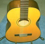 Schöne 3 4 Konzertgitarre klassische