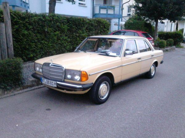 Oldtimer Daimler 123er 230E Baujahr