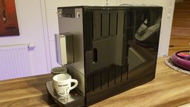 Kaffee-, Espressomaschinen - Kaffeevollautomat