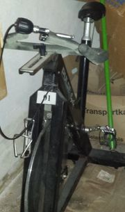 Gut erhaltenes Spinningrad zu verkaufen
