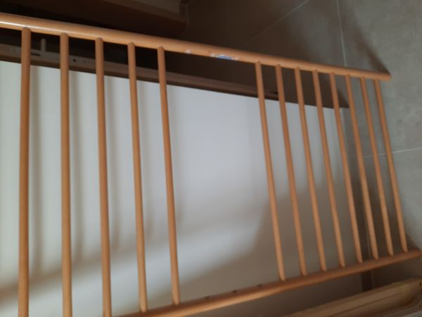 Babybett Buche Echtholz verstellbar Gitter