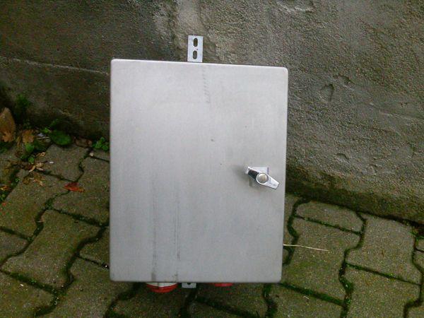 Stromzähler im Edelstahlkasten ideal für