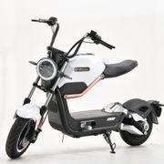 Nagelneuer Miku-Max E-Scooter Keine Betriebsstunden