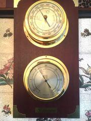 Hygrometer und Thermometer in Schiffsholz
