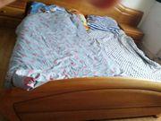 Gutes Bett 180x200 mit Lattenroste