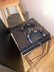 Playstation4 mit 2 Controller Spiele