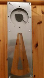 Moderne Pendeluhr von Hermle