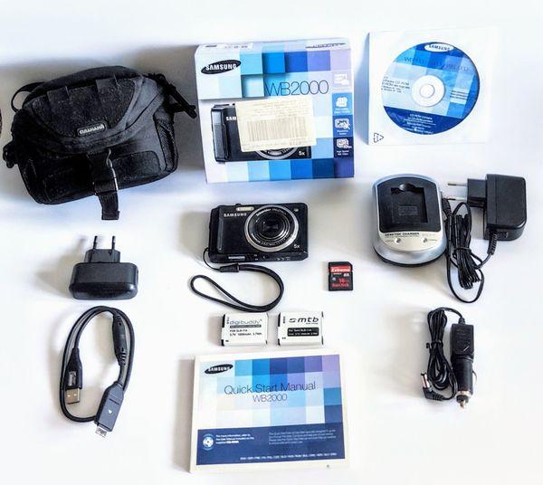 Samsung WB2000 Digitalkamera mit viel Zubehör