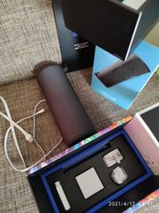 ue megaboom Bluetooth Lautsprecher
