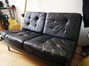 2 er Sofa stark gebraucht