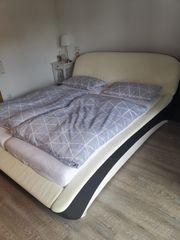 Bett inkl Lattenroste