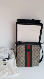 Gucci umhänge Tasche Original